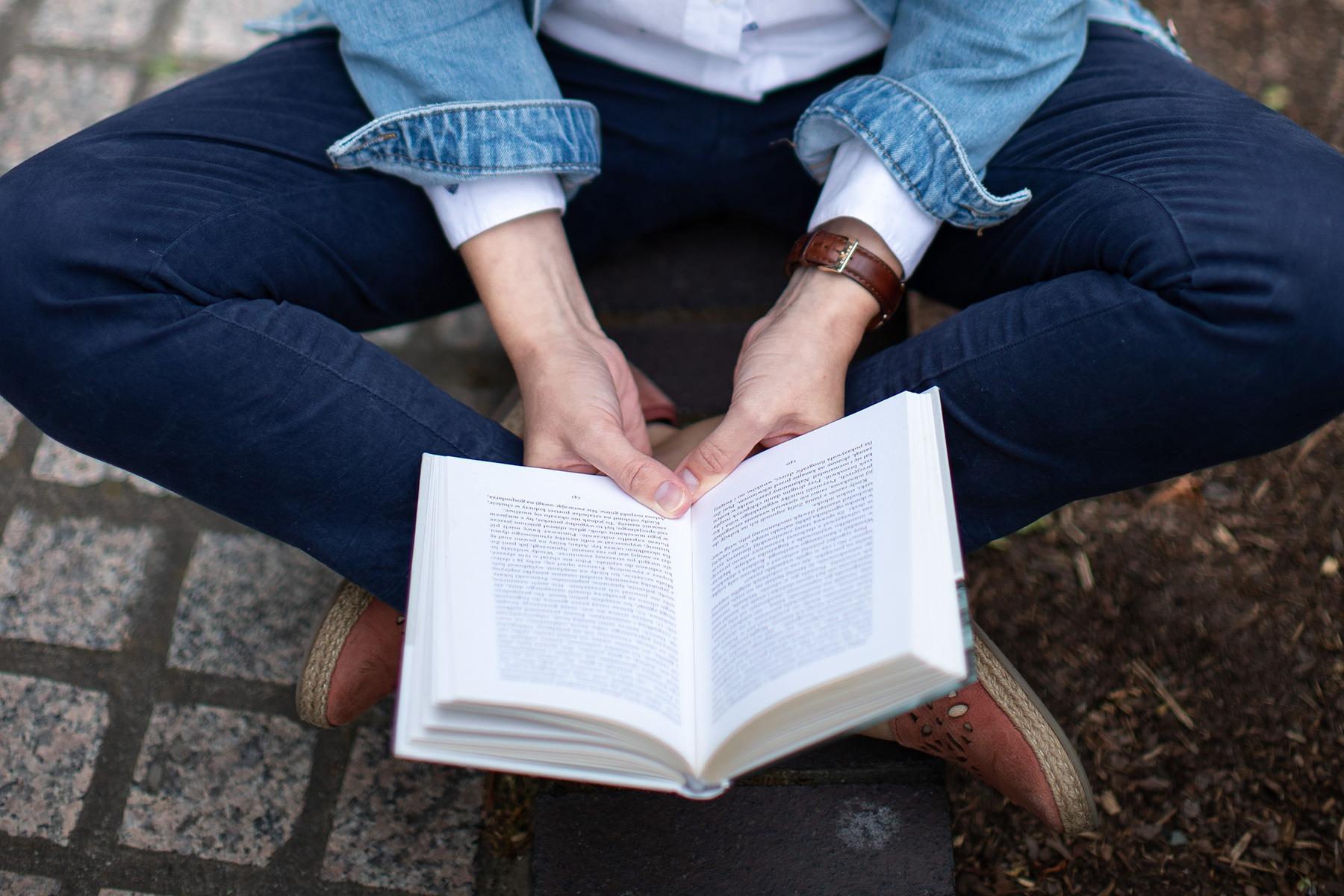 Anna Matecka Polish Teacher reading book - Personal Branding photoshoot in London